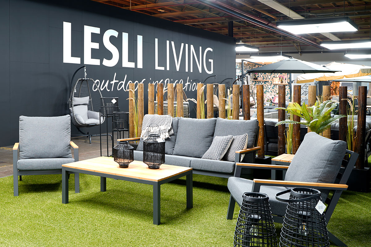 Showroom Lesli Living